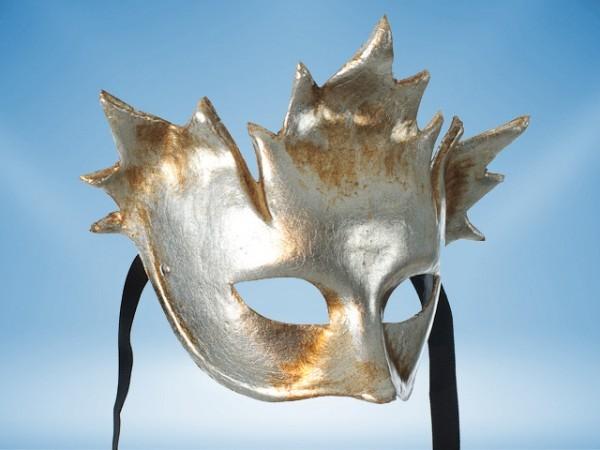 Silberne Karnevalsmaske von Bacchus