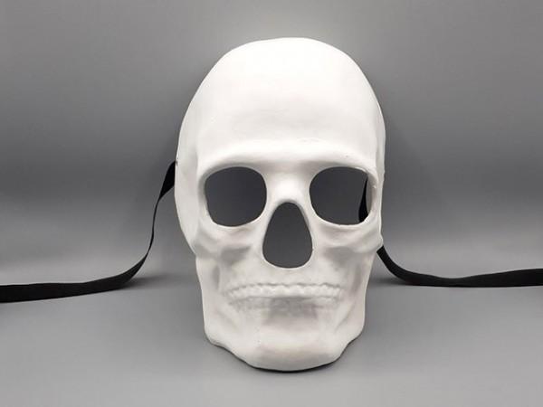 Weiße Totenkopfmaske