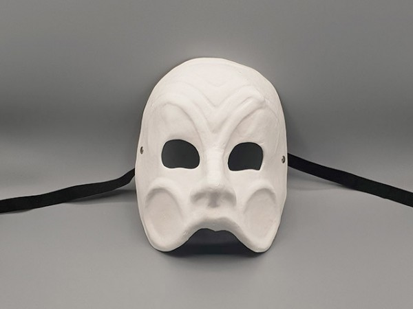 Weiße Commedia dell'arte Maske des Arlecchino aus Pappmaché